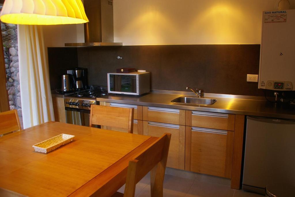 Una cocina o kitchenette en Serena Casas de Montaña