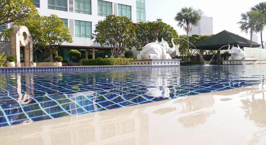 expat dating webbplatser Bangkok