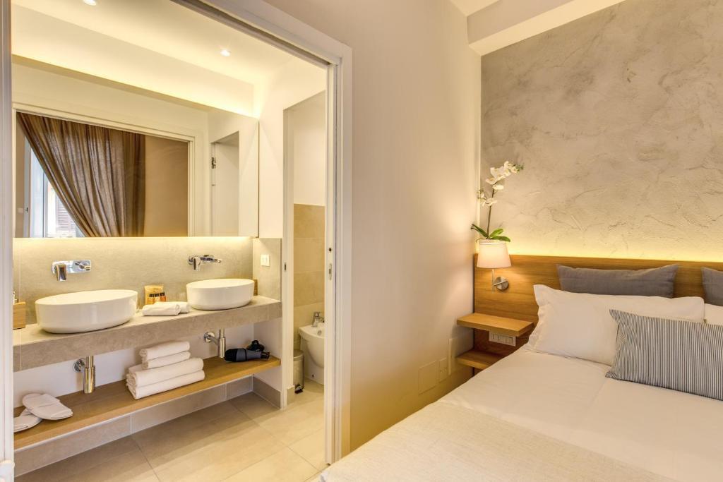 חדר רחצה ב-The Spanish Suite Campo de' Fiori