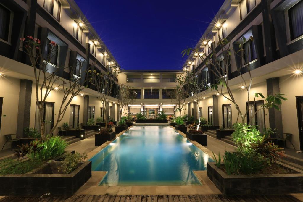 The swimming pool at or near ILLIRA Lite Praya Lombok