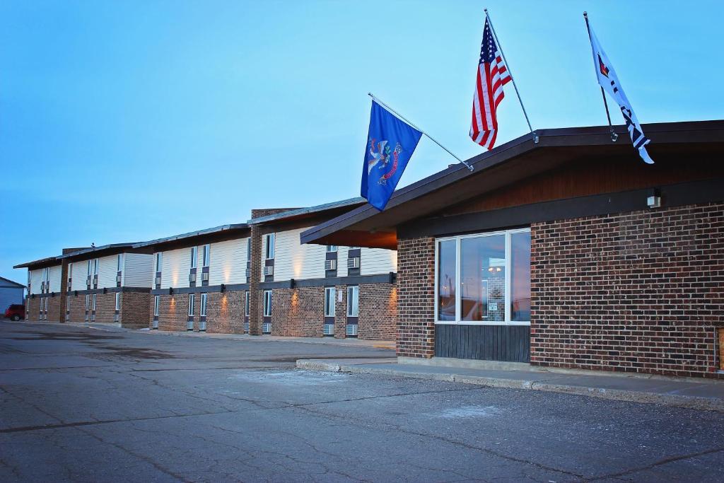Devils Lake Nd >> Sunlac Inn Devils Lake Nd Booking Com