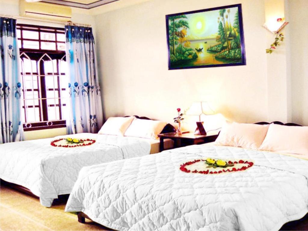 Phòng Gia đình Senior Deluxe Giường Đôi/2 Giường Đơn Nhìn ra Thành phố (4 người lớn)