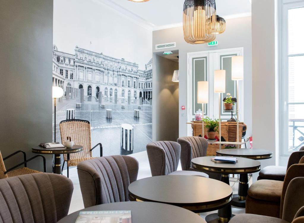 Een restaurant of ander eetgelegenheid bij 1er Etage Opéra