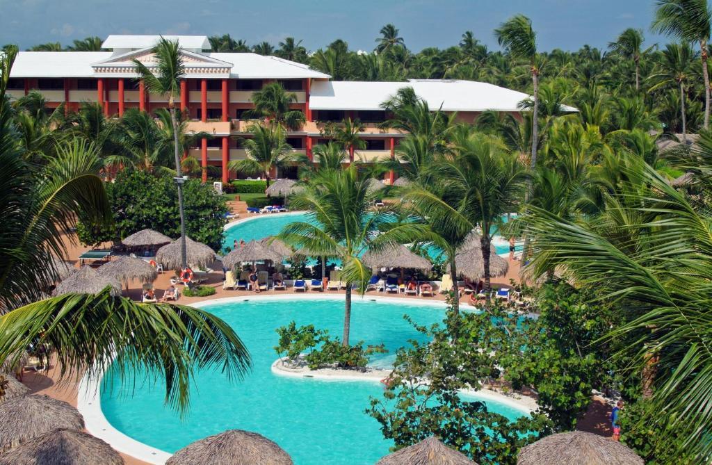 Widok na basen w obiekcie Iberostar Punta Cana lub jego pobliżu