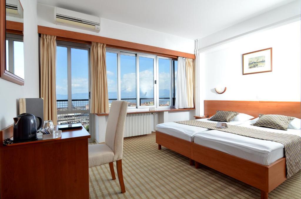 Hotel Neboder