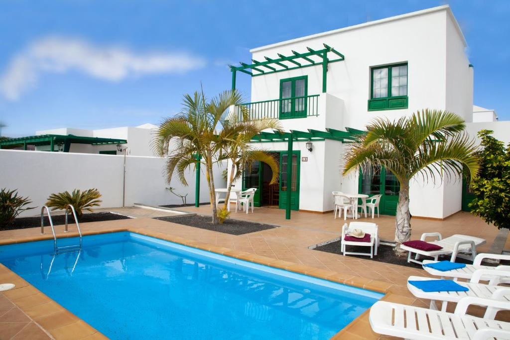 Villas Costa Papagayo, Playa Blanca, Spain - Booking.com
