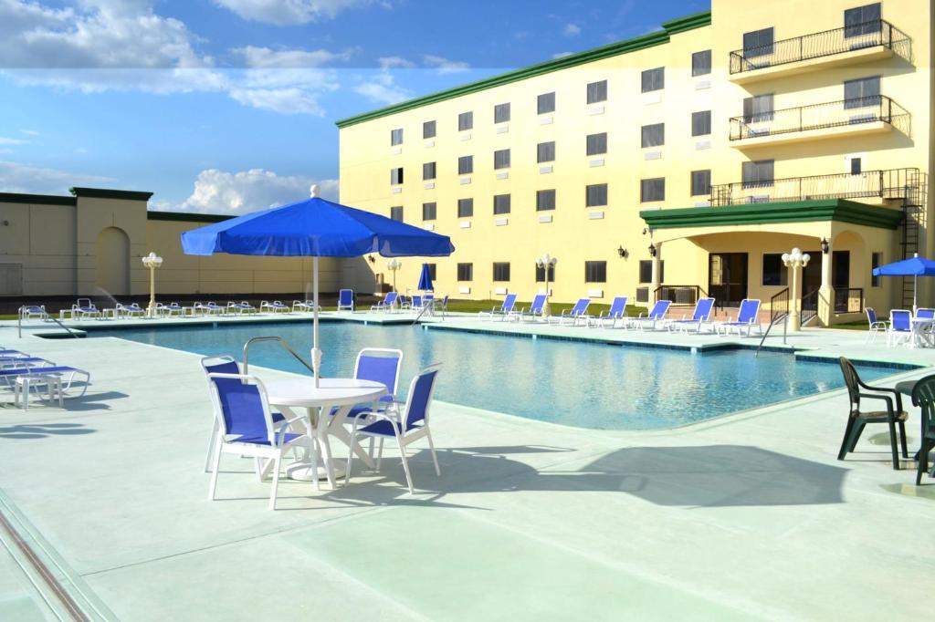 The swimming pool at or near Las Vegas Hotel & Casino
