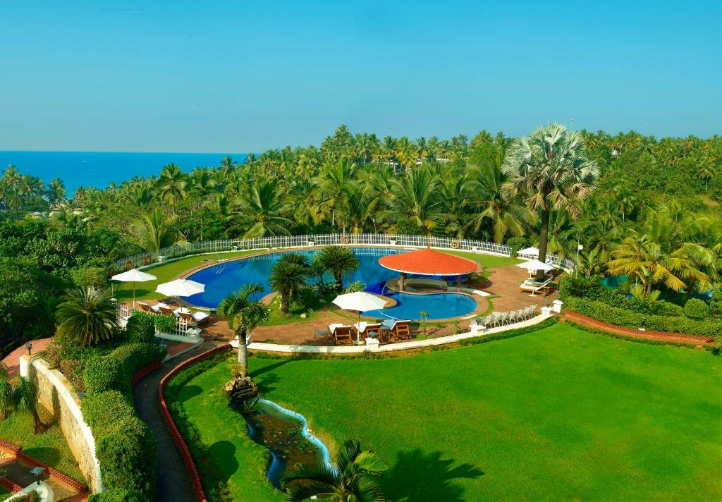 A view of the pool at Gateway Varkala - IHCL SeleQtions or nearby