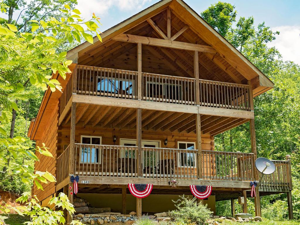 Vacation Home Log Cabin In Smoky Mountains, Sevierville