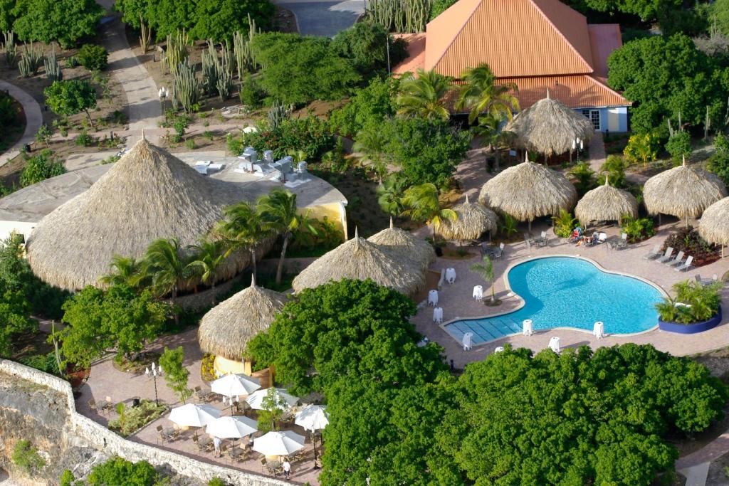 Vista de la piscina de Kura Hulanda Lodge & Beach Club - All Inclusive o alrededores