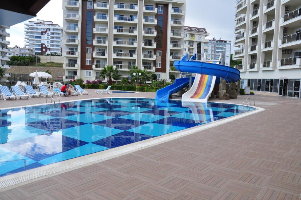 Бассейн в Orion Resort или поблизости