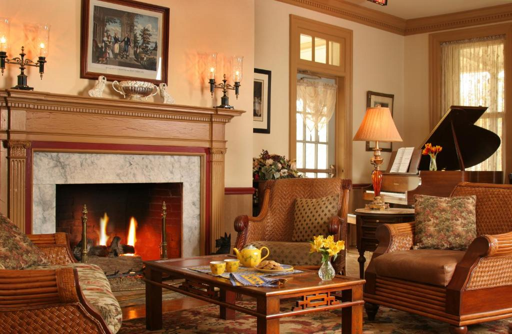 A seating area at The Lafayette Inn