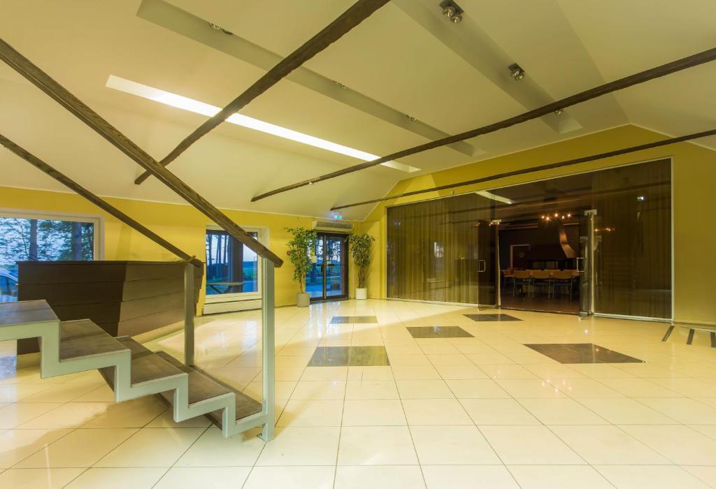 Majoituspaikan Peoleo Hotell aula tai vastaanotto