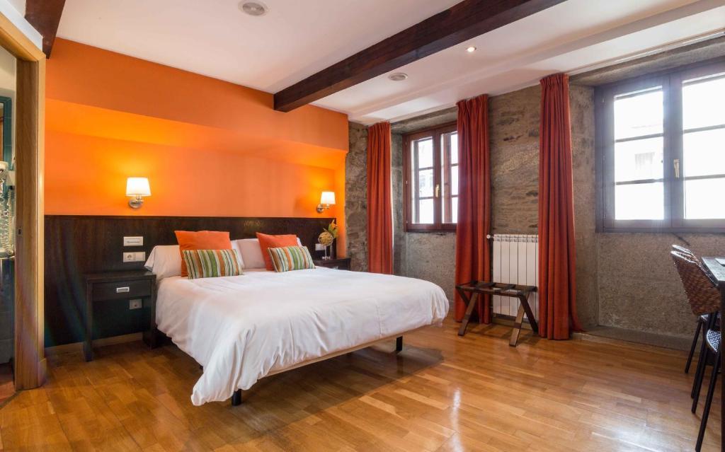Cama o camas de una habitación en Hotel Alda Algalia