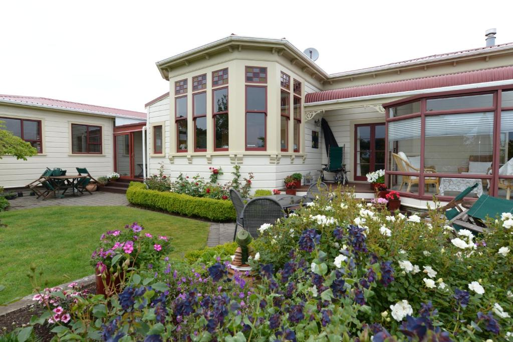 Villa Heights Bed and Breakfast