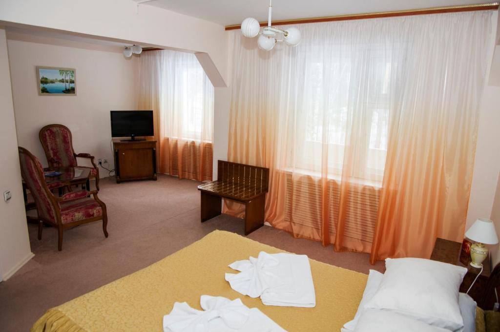 A room at Zvezdny Park-Hotel