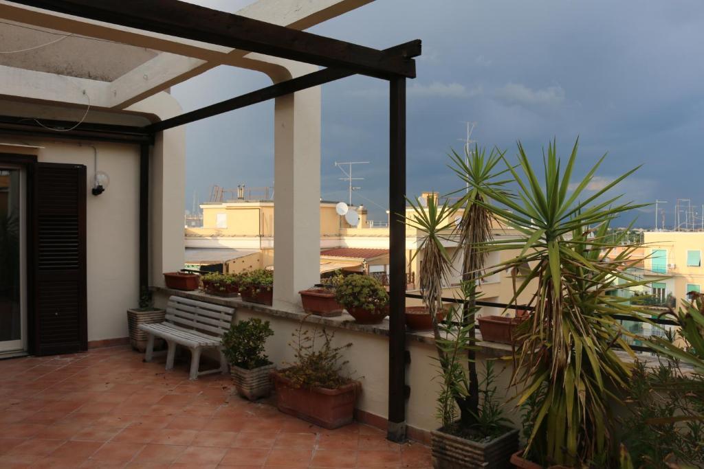 B B Le Terrazze Di Xara Rome Italy Booking Com