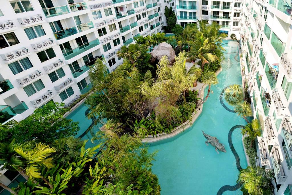A bird's-eye view of Amazon Residence Condo Resort By Fortunerthai Company