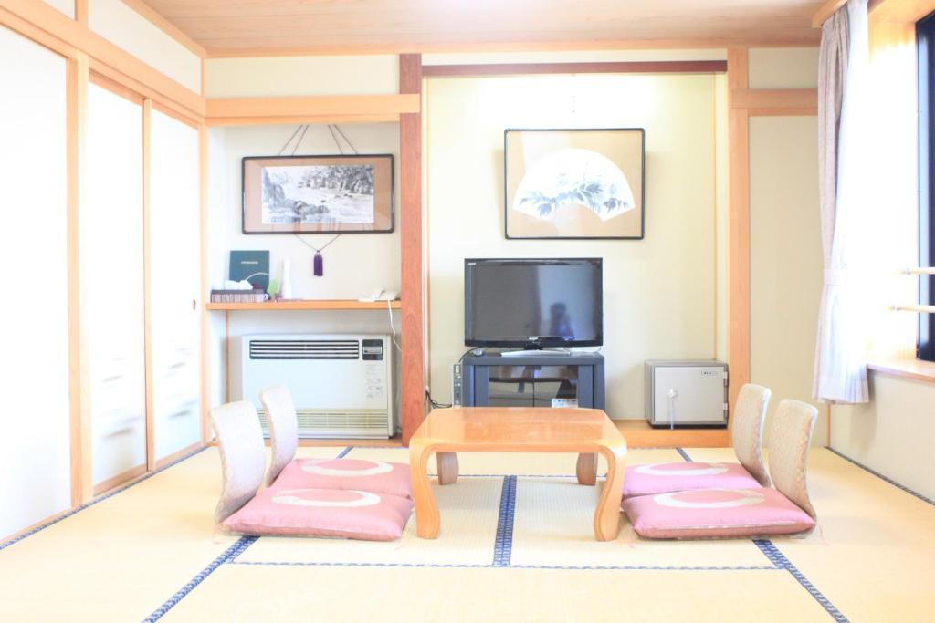 ホテルおもだか(山ノ内町)– 2020年 最新料金