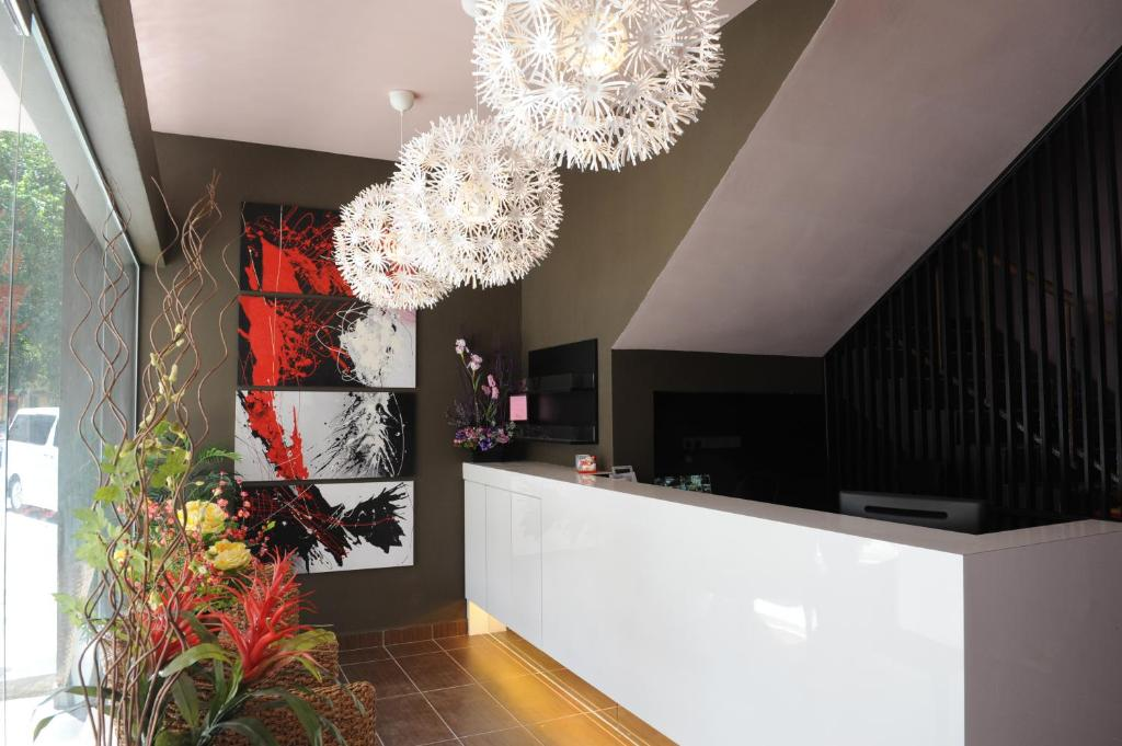 The lobby or reception area at The Osborne Apartments