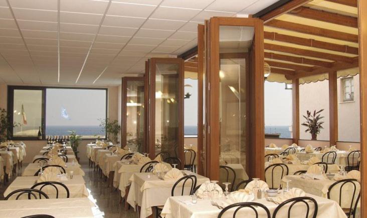 Hotel Ideale (Italia Varazze) - Booking.com