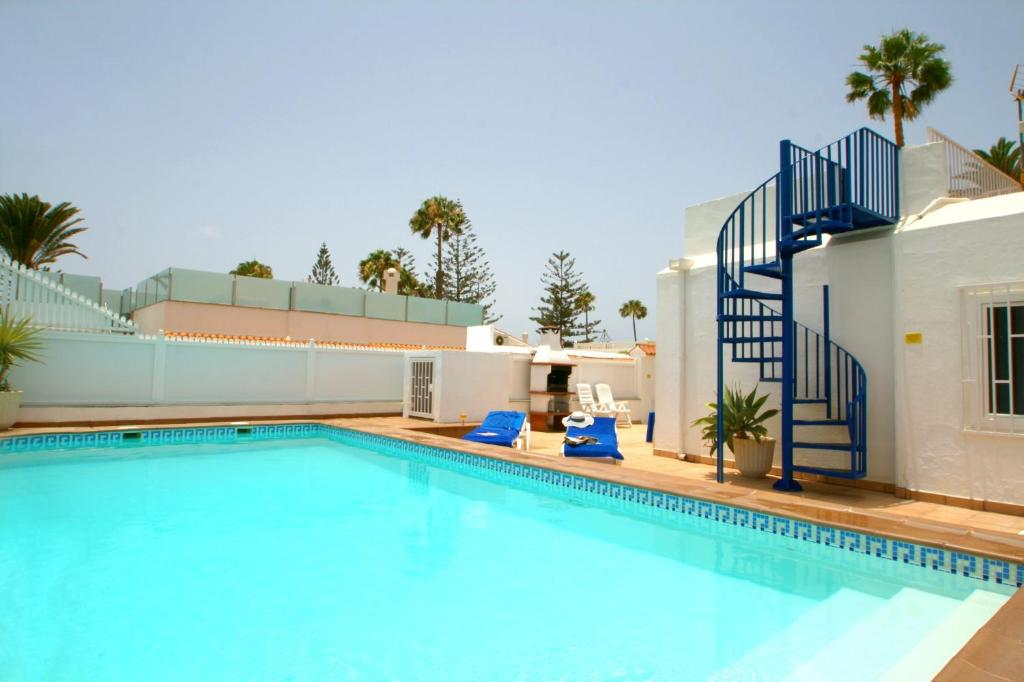 Villa Bahamas, Playa del Ingles – Updated 2019 Prices