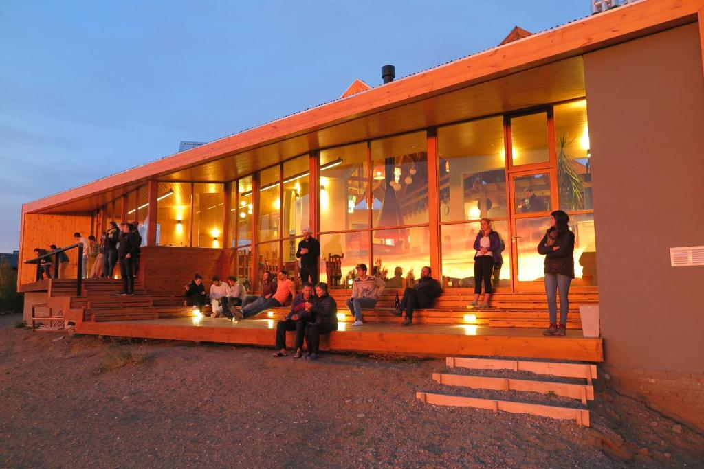 Guests staying at America Del Sur Calafate Hostel