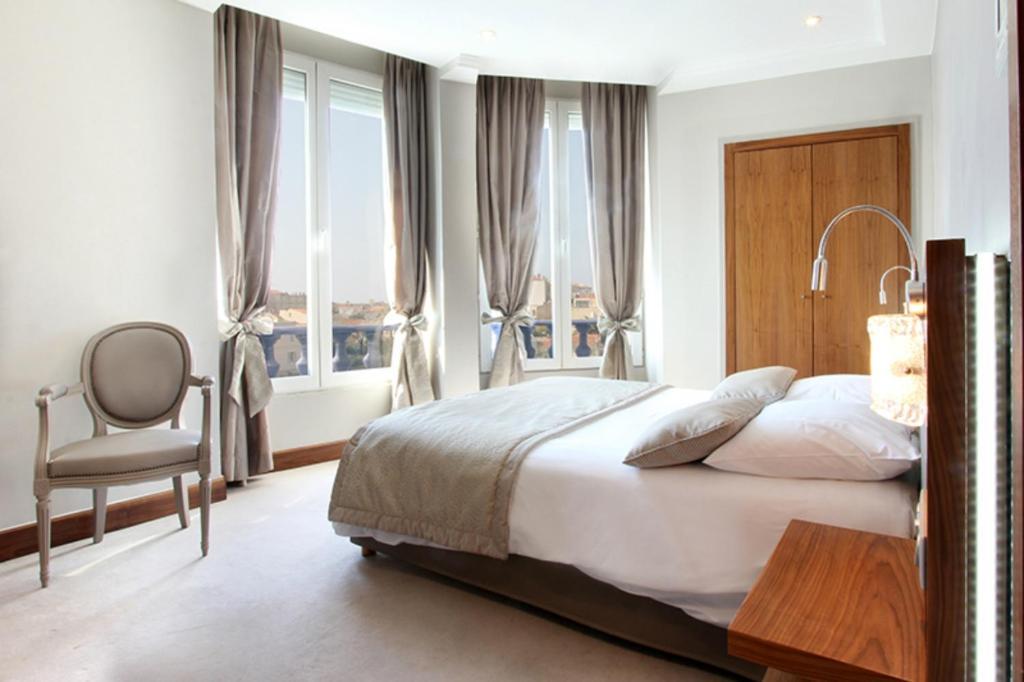 Отели Канн в районе вокзала: Hôtel Simone Куда поехать из Марселя? Куда поехать из Марселя? 73005104