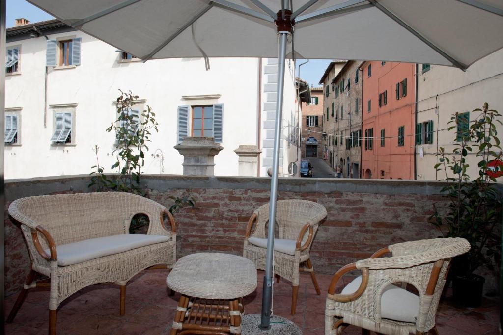 Apartment La Terrazza Di Susanna Peccioli Italy Booking Com