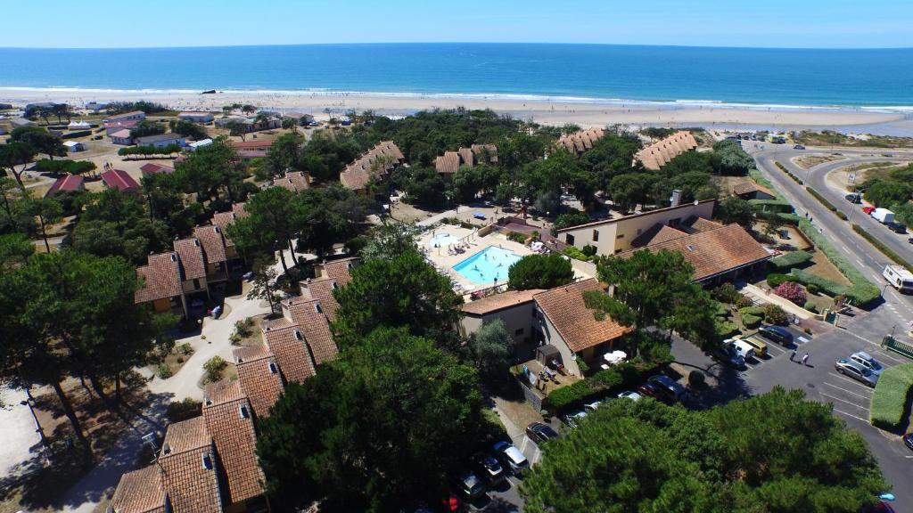Blick auf VVF Villages « La Plage du Médoc » Soulac-sur-Mer aus der Vogelperspektive