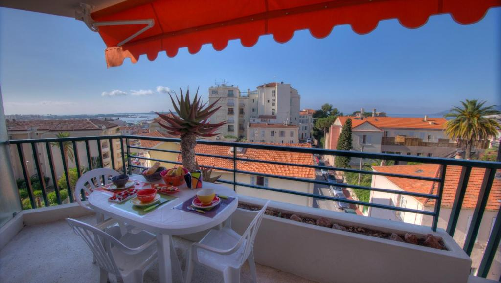 Appartement Vue Mer Résidence Clairefontaine Cannes
