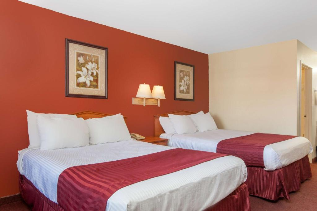 Ramada Limited Central Bakersfield