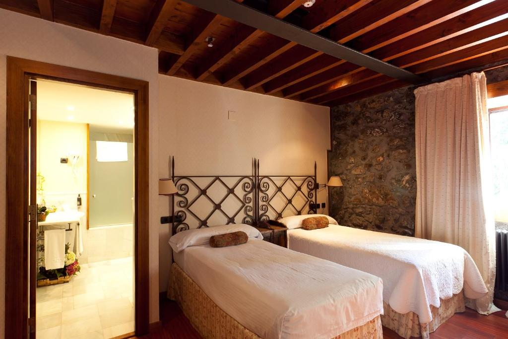 boutique hotels in etxebarria  10