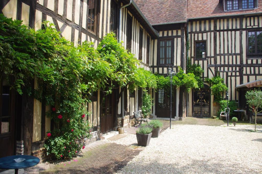 Terrasse ou espace extérieur de l'établissement Home Saint Jacques