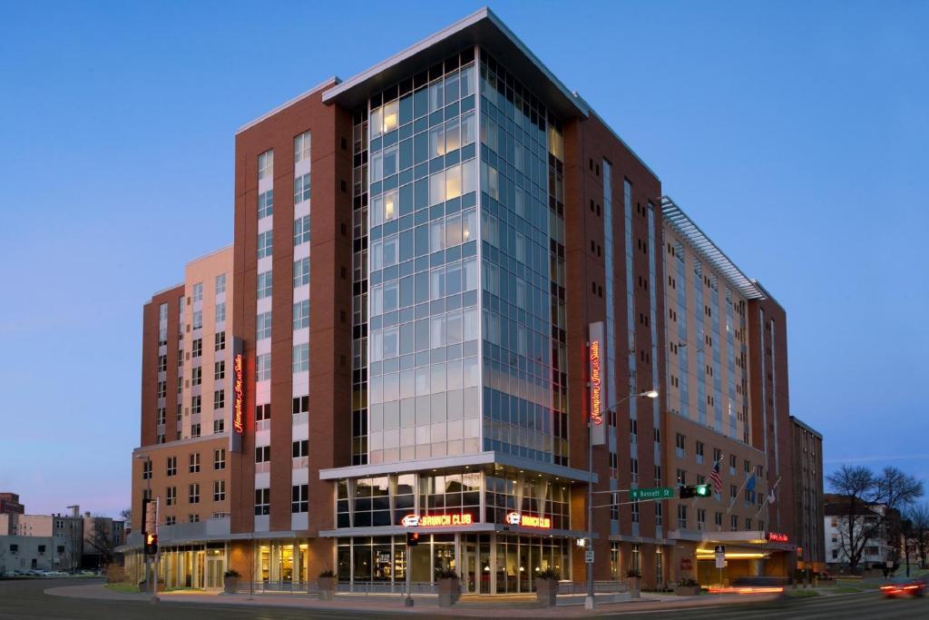 Hampton Inn & Suites Madison Downtown.