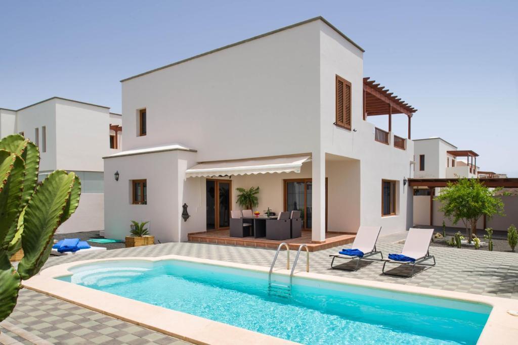 Villas Salinas, Costa Teguise, Spain - Booking.com
