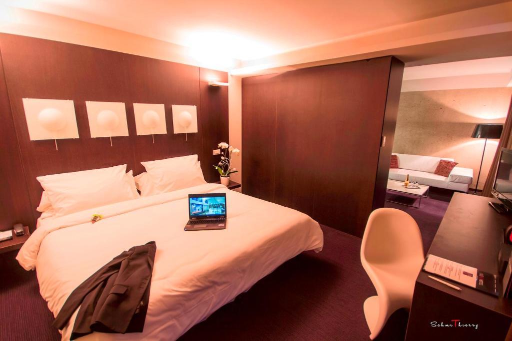 A room at Le Rex Hôtel