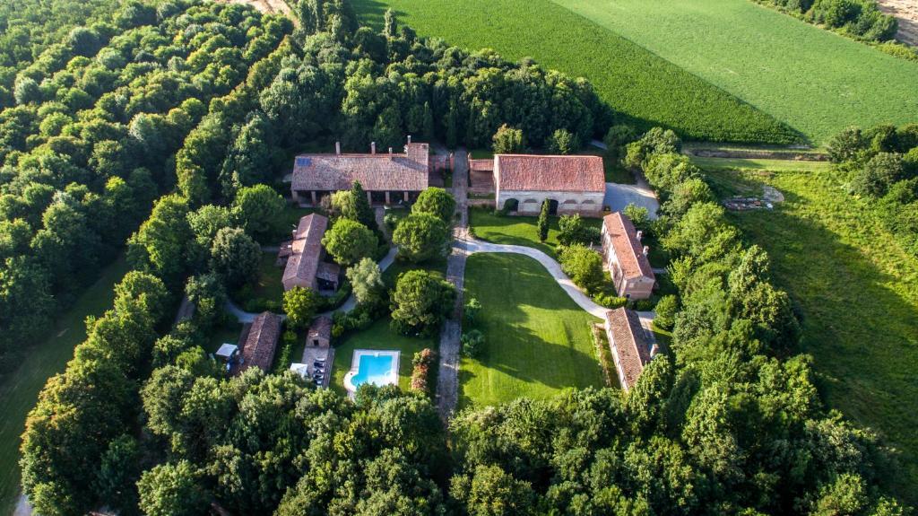 Vista aerea di Agriturismo Tenuta Castel Venezze