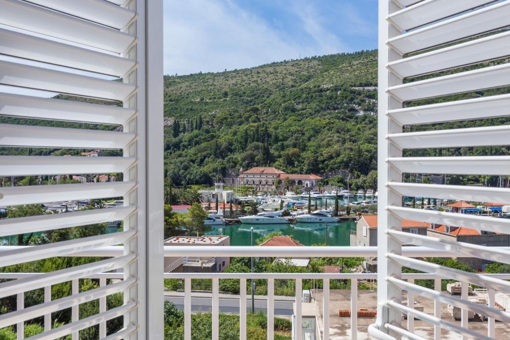 Balcon ou terrasse dans l'établissement Guesthouse Zeko Rozat