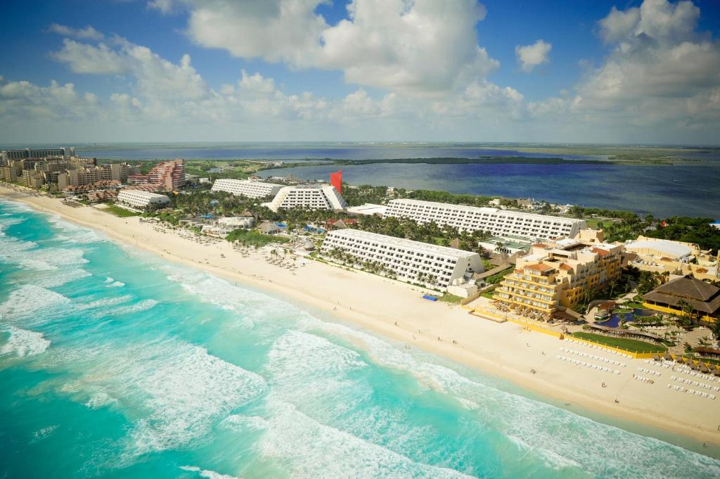 Oasis Cancún Lite - All Inclusive a vista de pájaro