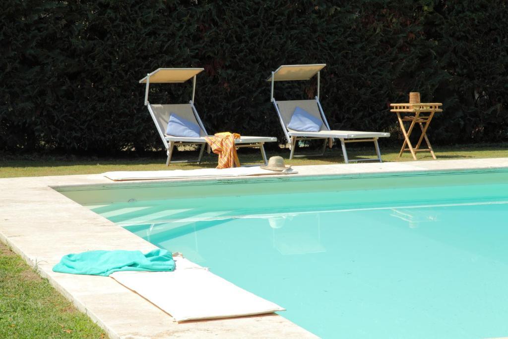 The swimming pool at or near Rovezzano B&B
