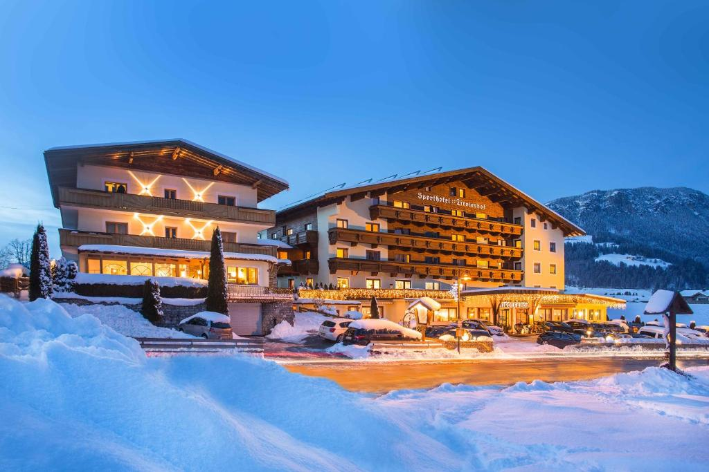 Sporthotel Tirolerhof ziemā