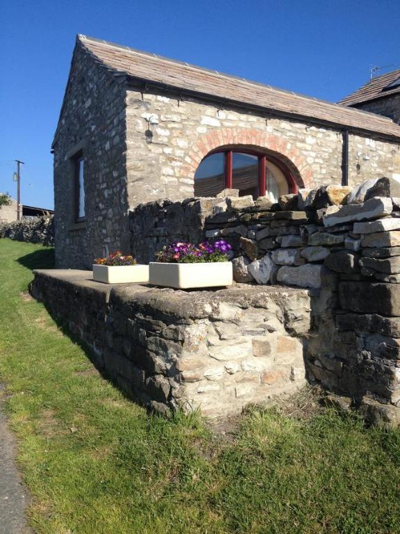 Curlew Barn
