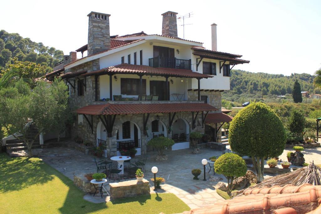 Apartment Garden House, Vourvourou, Greece - Booking.com