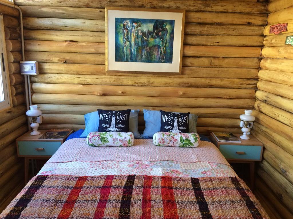 A room at SilverCord B&B