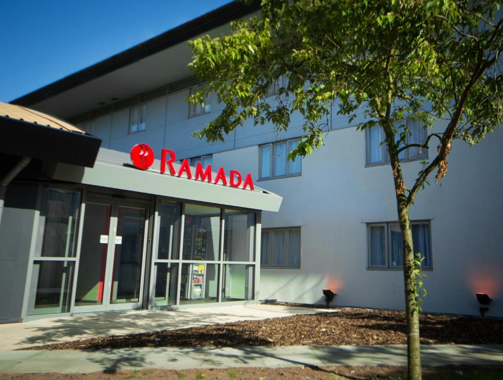The facade or entrance of Ramada London South Mimms