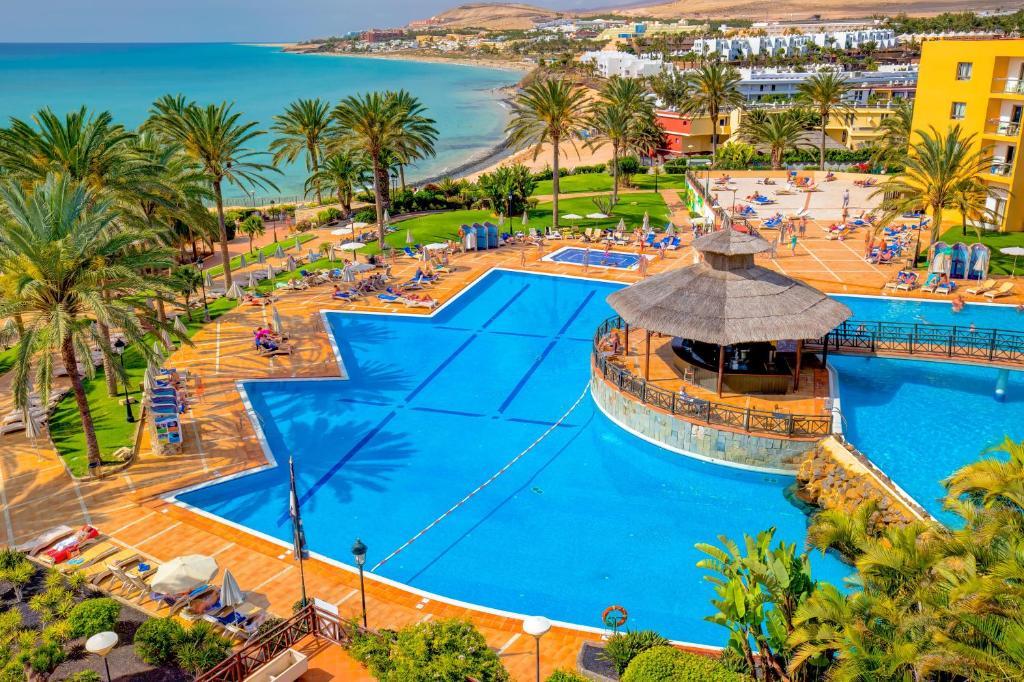 Een luchtfoto van SBH Costa Calma Beach Resort Hotel