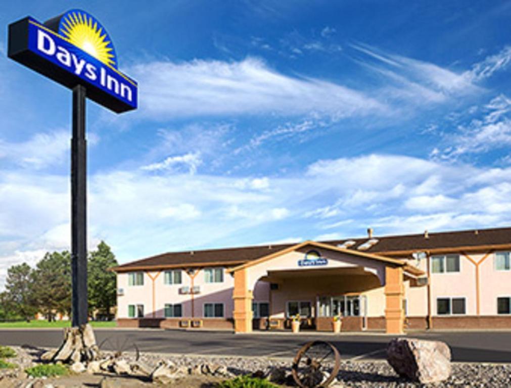 Days Inn by Wyndham Alamosa.