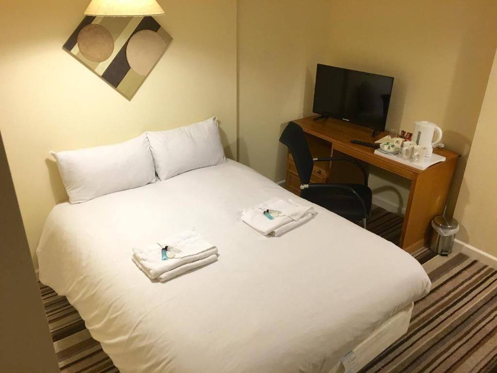 A room at Ebers Hotel