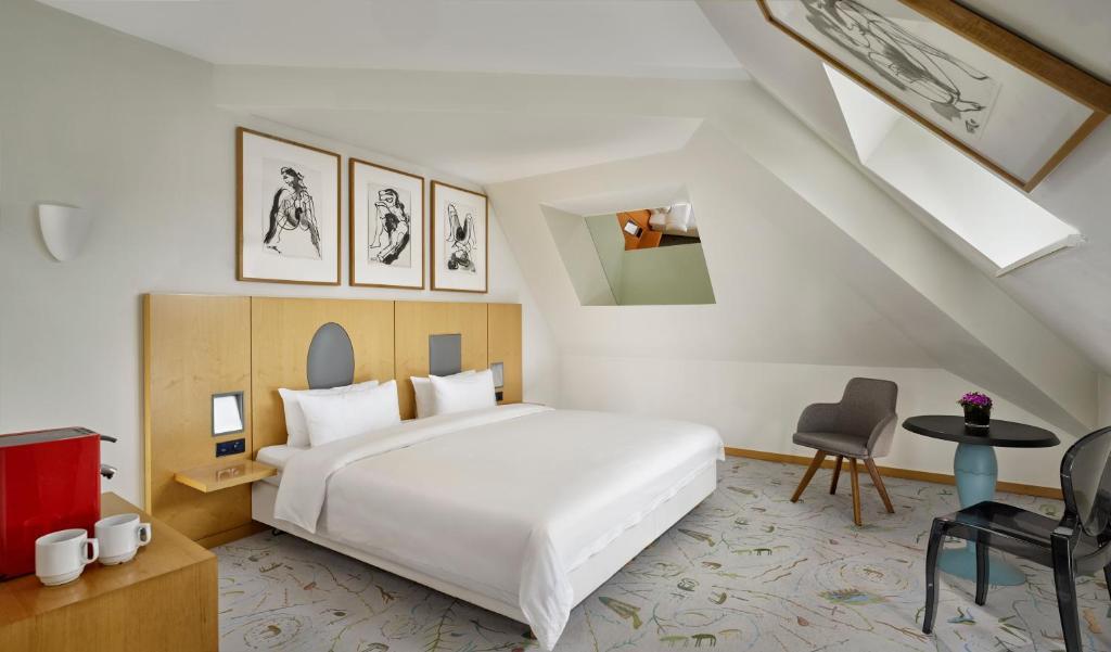 Ein Zimmer in der Unterkunft Park Plaza Berlin Kudamm